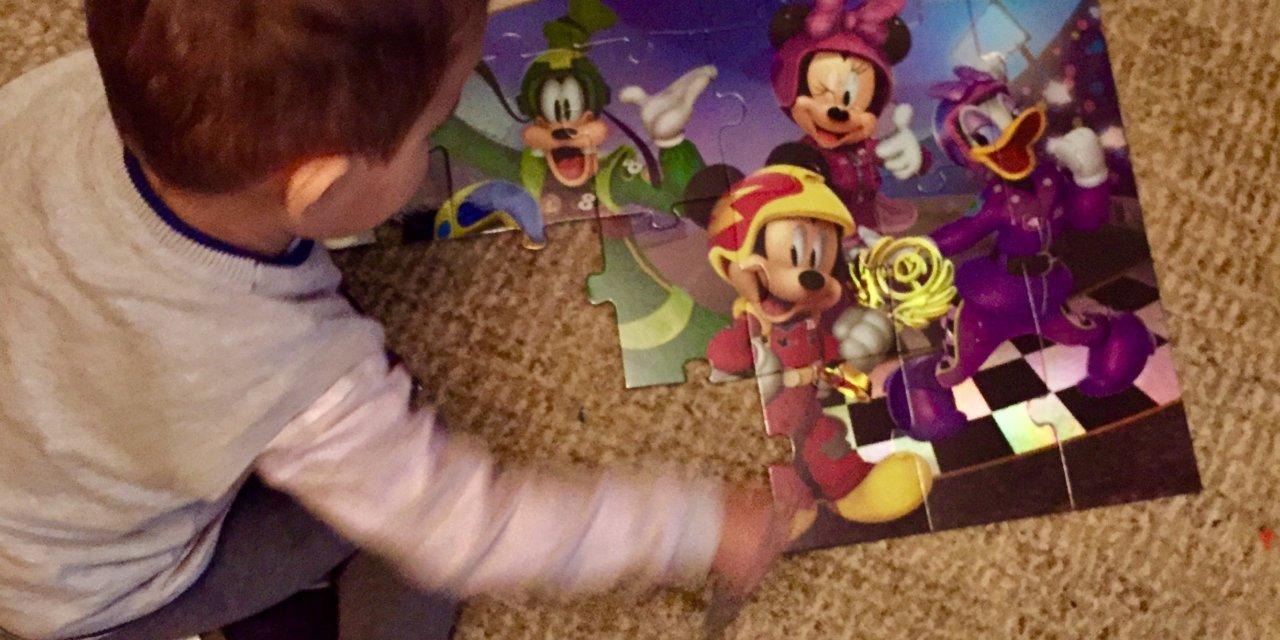Mickey și Piloții de Curse. Un nou desen animat la Disney Junior